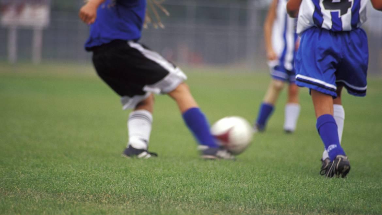 """Buchankündigung """"Praxishandbuch Fußball"""""""